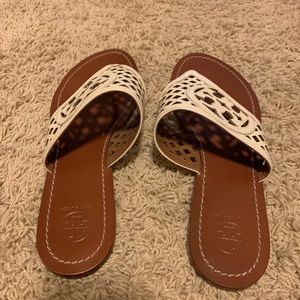 Tory Burch Beige Thatched Ferf Logo Thong Sandals